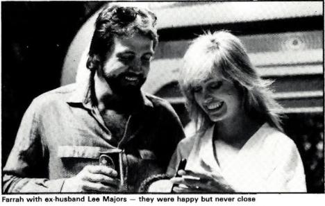 Farrah's estranged husband Lee Majors visits her on the set during production.